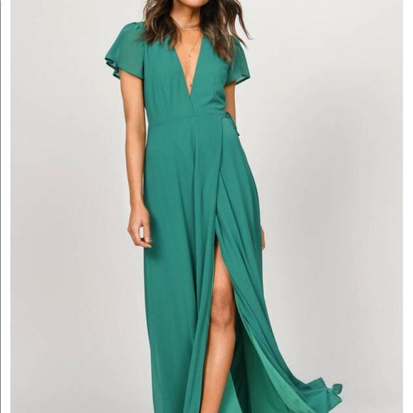 Tobi Dresses & Skirts - piper green plunging maxi dress